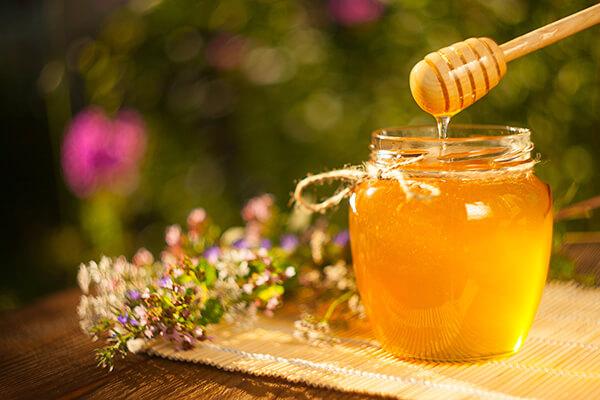 Honig bestellen (© solstizia - Fotolia.com)
